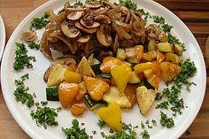 Rumpsteak überbacken mit Zwiebeln und Pilzen