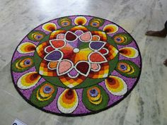 Rangoli Designs Flower, Rangoli Ideas, Flower Rangoli, Mandala Design, Mandala Art, Onam Pookalam Design, Rangoli Colours, Diwali Decorations, Flower Art