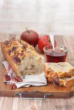 The Rabbit Hole: Pan dulce con manzanas y nueces