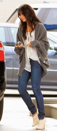Casual Fall Outfit With Oversized Cardigan- great shoes too...