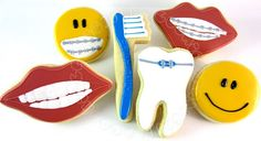 Cookies for a dentist or orthodontist Cute Cookies, Sugar Cookies, Yummy Cookies, Braces Off, Braces Smile, Dental Humor, Dental Hygiene, Dental Health, Healthy Teeth