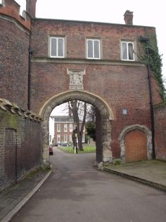 63 Ideas For Tudor History Facts Elizabeth I Richmond Palace, Richmond Surrey, Tudor Era, Tudor Style, Tudor History, British History, Tudor Dynasty, History Facts, Art History