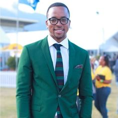 maps maponyane in suit Green Suit, Man Candy, My Man, Dapper, Suit Jacket, Map, Mens Fashion, Suits, Boys
