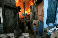 Documentário investiga relação entre incêndios de favelas e especulação imobiliária em São Paulo