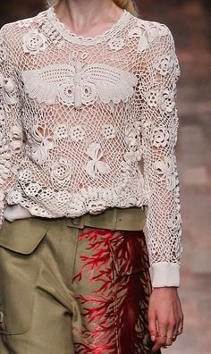 patternprints journal: PRINTS, PATTERNS AND SURFACE EFFECTS: BEAUTIFUL DETAILS FROM PARIS FASHION WEEK ,
