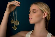 nervous system generates jewelry based on cellular structures