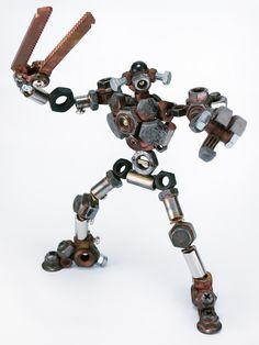 Diy Robot, Robot Art, Welding Art, Welding Projects, Metalarte, Recycled Robot, Steampunk Robots, Metal Robot, Game Props