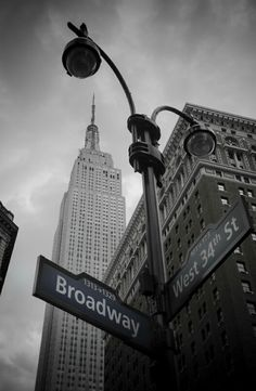 Broadway. Empire State Building.