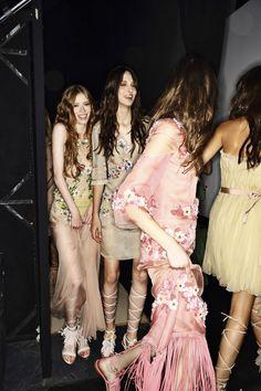 Alberta Ferretti SS15 Fashion Show Milan Backstage | Sonny Vandevelde
