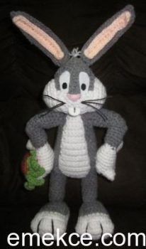 Crochet Toy Patterns Super Cute handmade Bugs Bunny Amigurumi Crochet doll with Carrot - Crochet Amigurumi, Amigurumi Doll, Crochet Dolls, Love Crochet, Diy Crochet, Crochet Baby, Bunny Crochet, Looney Toons, Looney Tunes Bugs Bunny