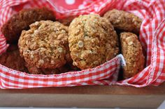 Anzac cookies for ANZAC day. http://www.abasiccook.com/?space-recipes=anzac-biscuits