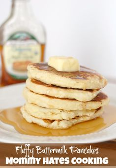 Fluffy Buttermilk Pancakes with Maple Syrup - Mommy Hates Cooking