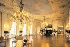 Love the ballroom of Rosecliff mansion.