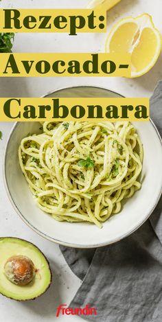 A different recipe: Avocado-Carbonara Italian Pasta Recipes, Chicken Pasta Recipes, Recipes Appetizers And Snacks, Dinner Recipes, Dessert Recipes, Pasta Dinners, Homemade Pasta, Different Recipes, Feta
