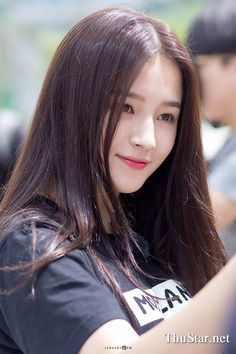 10 Simple Makeup Tutorials That Make Your Face Younger Nancy Jewel Mcdonie, Nancy Momoland, Korean Beauty, Asian Beauty, Beauty Full Girl, Beautiful Asian Girls, Ulzzang Girl, Stylish Girl, Girl Pictures