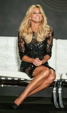 Faith Hill and Tim McGraw announce their extended engagement at ...