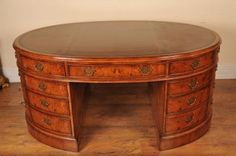Oval desk with lots of drawers, love this. Art Deco Desk, Art Deco Furniture, Furniture Design, Home Design Decor, Art Decor, Partners Desk, Antique Desk, Victorian Furniture, Art Deco Period