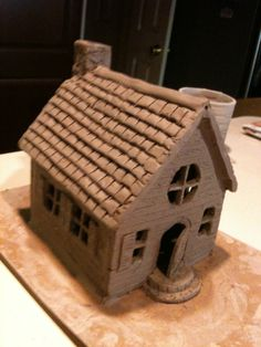 My first ceramic house. Pottery Houses, Slab Pottery, Ceramic Pottery, Ceramic Art, Clay Houses, Ceramic Houses, Slab Ceramics, House Ornaments, Pottery Sculpture