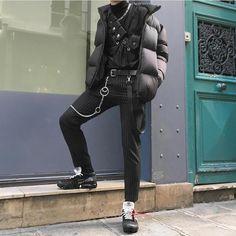 99 Classy Winter Street Style Ideas For Men - Best Mens Fashion, Korean Fashion, Egirl Fashion, Street Fashion, Fashion Ideas, Style Inspiration, Style Ideas, Winter Fashion, Street Wear
