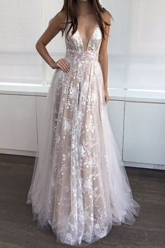 Elegant Champagne A-Line V-Neck Sleeveless Long Prom Dress with Lace
