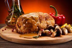 Tenkes szelet - egy karajtekercs, ami megéri a fáradozást Clean Eating, Beef, Chicken, Food, Meat, Eat Healthy, Healthy Nutrition, Essen, Meals