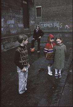 The Slums of Glasgow Through the Lens of a French Photographer - Glasgow by Raymond Depardon Color Photography, Life Photography, Children Photography, Street Photography, Landscape Photography, Portrait Photography, Travel Photography, Reportage Photography, Fashion Photography