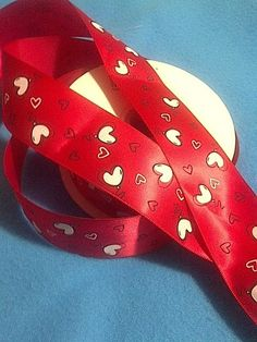 Hearts Balloons on Red Satin Ribbon /1.538 mm by Universalideas