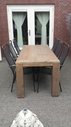 Prachtige tafel op maat....afgewerkt met n lichte blackwash Www.Candlewood.nl