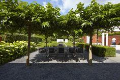 Afbeeldingsresultaat voor parktuin bij villa