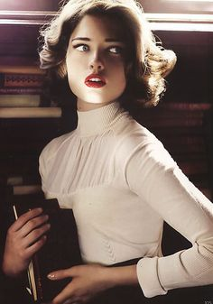 Love a blouse with turtleneck. Sophisticated, stong, romantic, professional and feminine all in one.