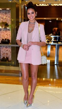 Look todo rose quartz Girl Fashion, Fashion Looks, Fashion Outfits, Womens Fashion, Fashion Trends, Looks Style, Casual Looks, Look Rose, Look Con Short