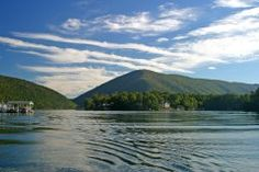 Smith Mountain Lake Virginia-- Great fishing, quiet Nature, beautiful views-- Great Vacation spot!
