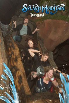This woman committed to avenging Brer Rabbit. Stupid Funny Memes, Funny Relatable Memes, Hilarious, Funny Images, Funny Photos, Rollercoaster Funny, Roller Coaster Pictures, New Spiderman Movie, Splash Mountain