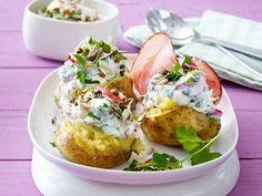 Ofenkartoffeln mit Feta-Joghurt