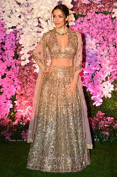 5 Stunning Fashion Hits And 5 Fails From The Ambani Wedding Pakistani Bridal, Pakistani Dresses, Indian Dresses, Indian Engagement Dress, Engagement Dresses, Bollywood Dress, Bollywood Fashion, Celebrity Outfits, Celebrity Weddings