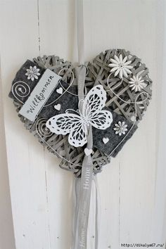 Door wreath willow heart gray / white butterfly 35 cm - Lilly is Love Silver Christmas Decorations, Christmas Crafts, Wicker Hearts, Creation Deco, Heart Crafts, White Butterfly, Hanging Hearts, Mothers Day Crafts, Home And Deco
