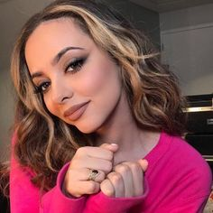 Discovered by little mix ☼. Find images and videos about little mix, jade thirlwall and jade on We Heart It - the app to get lost in what you love. Jade Little Mix, Little Mix Jesy, Little Mix Girls, Jesy Nelson, Perrie Edwards Style, Fran Fine, Jade Amelia Thirlwall, Litte Mix, Celebs