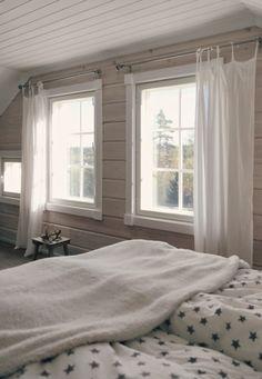 star sheets, tähtilakanat, scandinavian white bedroom, log home