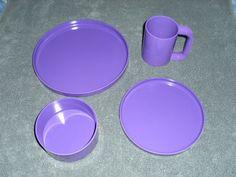 """Heller Plastic Massimo Vignelli 10"""" & 7.5"""" Plate Bowl Mug Purple Mid Century NOS"""