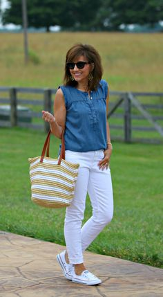 22 Days of Summer Fashion-Chambray Shirt - Grace & Beauty
