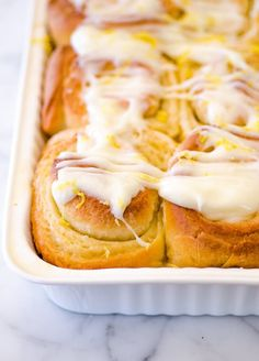 Sound delicious must give them a try. Recipe: Sticky Lemon Rolls with Lemon Cream Cheese Glaze — Brunch Recipes from The Kitchn Scones, Sweet Breakfast, Breakfast Recipes, Dessert Recipes, Breakfast Dessert, Desserts, Citrus Recipes, Sweet Recipes, Cream Cheese Glaze