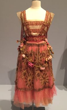 1916 evening dress by Callot Soeurs of silk and satin net.