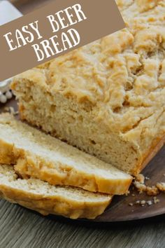 Easy Beer Bread – This Beer Bread recipe is so easy – just six of ingredients to make a wonderful loaf of homemade bread in just a little over an hour. The bred is soft with a crusty top and is perfect for a dinner side dish. Beer Cheese Bread Recipe, Dip For Beer Bread, Best Bread Recipe, Quick Bread Recipes, Banana Bread Recipes, Baking Recipes, Homemade Bread Easy Quick, Keto Recipes, Recipe Tasty