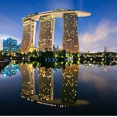 Singapore 📍  Photo by @danielcheongdubai