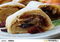Nejlepší dřevěnický štrúdl recept - TopRecepty.cz Czech Desserts, Strudel, Christmas Candy, Cheesesteak, Apple Pie, Baked Goods, Tacos, Food And Drink, Treats