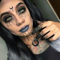 Make Halloween - Make-Up Halloween Makeup Witch, Soirée Halloween, Celebrity Halloween Costumes, Witch Makeup, Halloween Inspo, Halloween Outfits, Vintage Halloween, Makeup Challenges, Fantasy Makeup