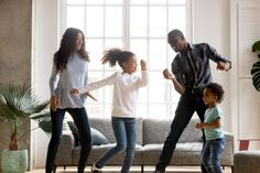 8 Indoor Activities to Release Kids' Energy Pbs Kids, Kids Fun, Indoor Activities, Physical Activities, Winter Activities, Educational Activities, Karaoke, Games To Play Indoors, Show Do Milhao