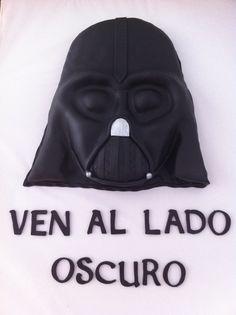 Tarta Darth Vader en 2D elaborada por TheCakeProject en Madrid