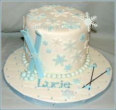 Ski cake — Snowboarding / Skiing La Forge à Gâteaux Funny Birthday Cakes, Adult Birthday Cakes, Birthday Ideas, 8th Birthday, Frozen Cake Designs, Cakes Without Fondant, Snow Cake, Sports Themed Cakes, Sport Cakes
