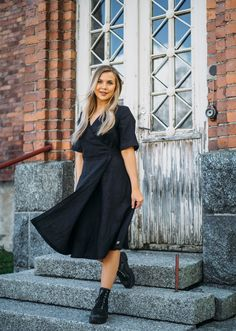 LINEN Wrap Dress -pellavamekko, musta | PURA Finland Finland, Wrap Dress, How To Make, How To Wear, Chic, Dresses, Style, Fashion, Shabby Chic